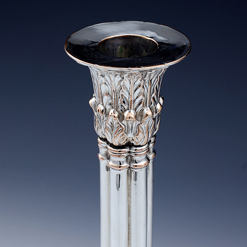 Top of candlestick with acanthus leaf decoration
