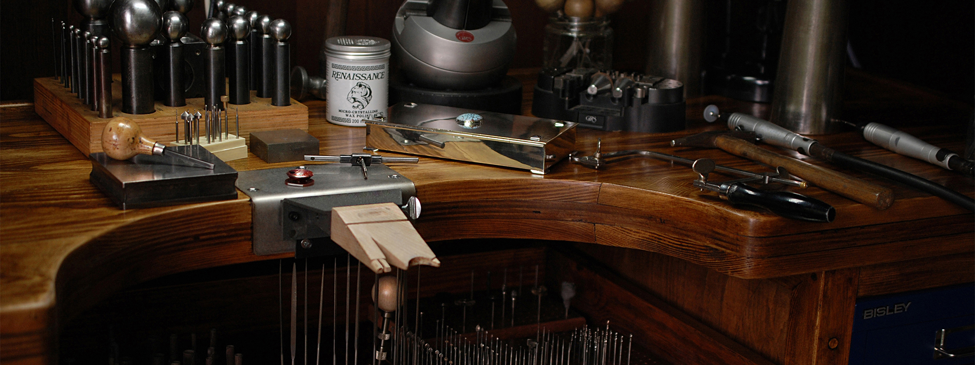 Tarvier jewellers workbench